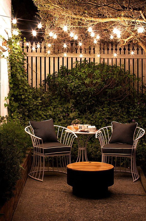 small-patio-garden-ideas-with-string-light