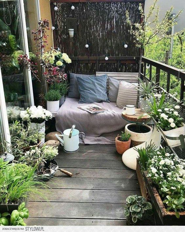 smart-balcony-garden-decks