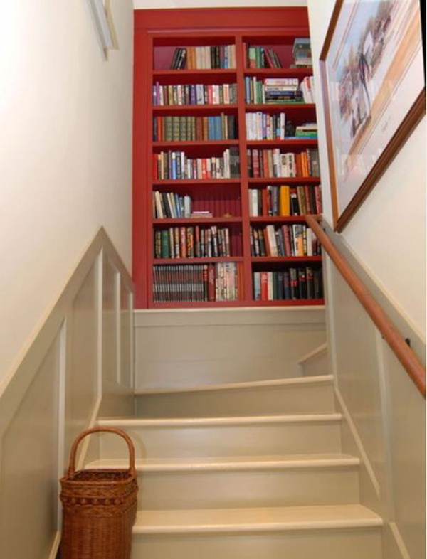 staircase-landing-bookshelf-ideas