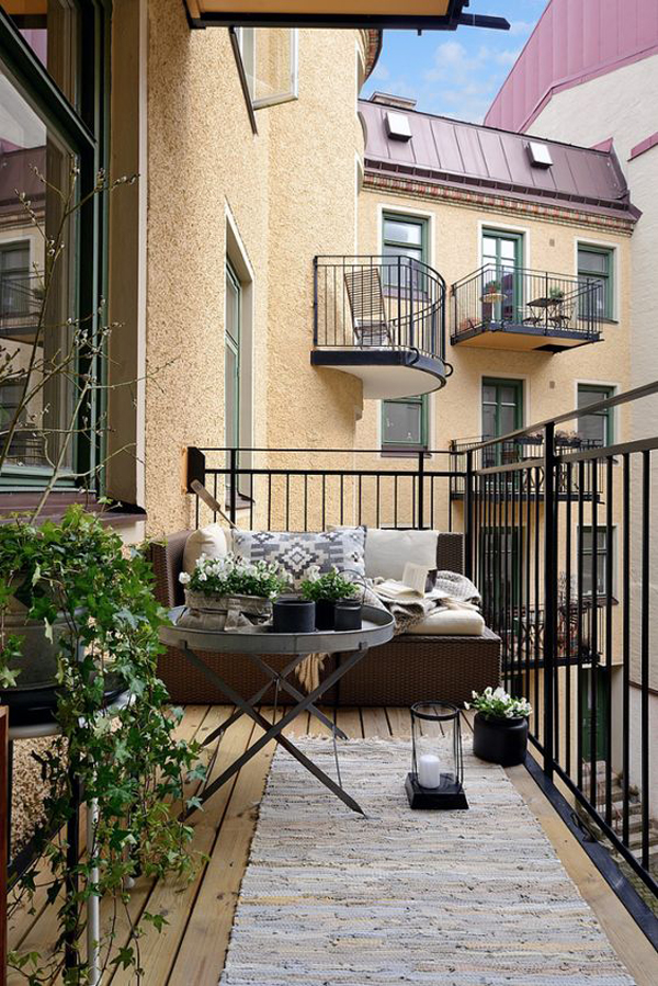urban-deck-balcony-for-limited-space