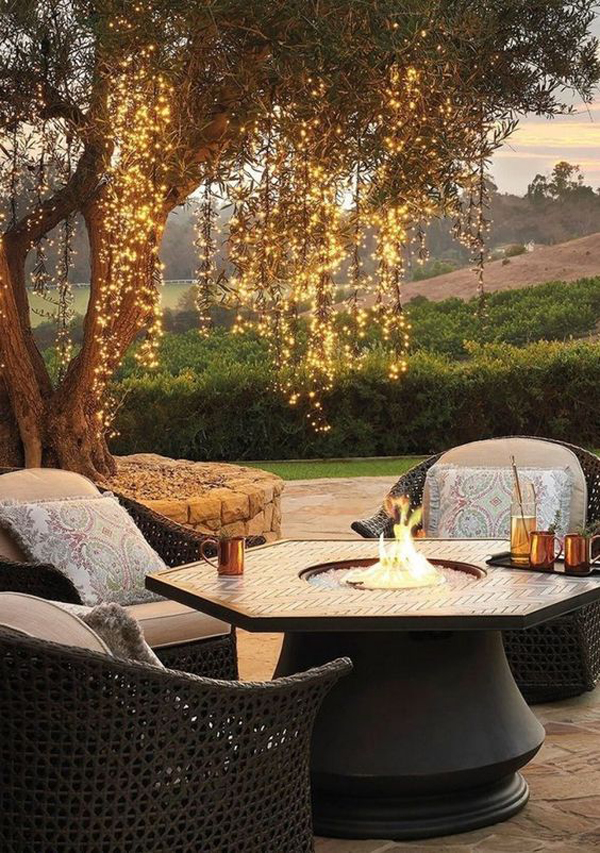 warm-and-cozy-outdoor-living-spaces-with-string-lighting