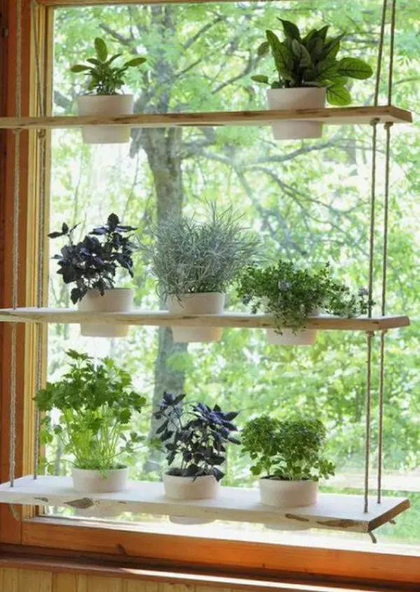 wooden-hanging-window-garden-decor