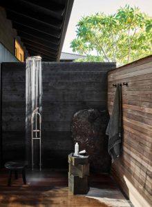 wooden-outdoor-shower-in-beach-house