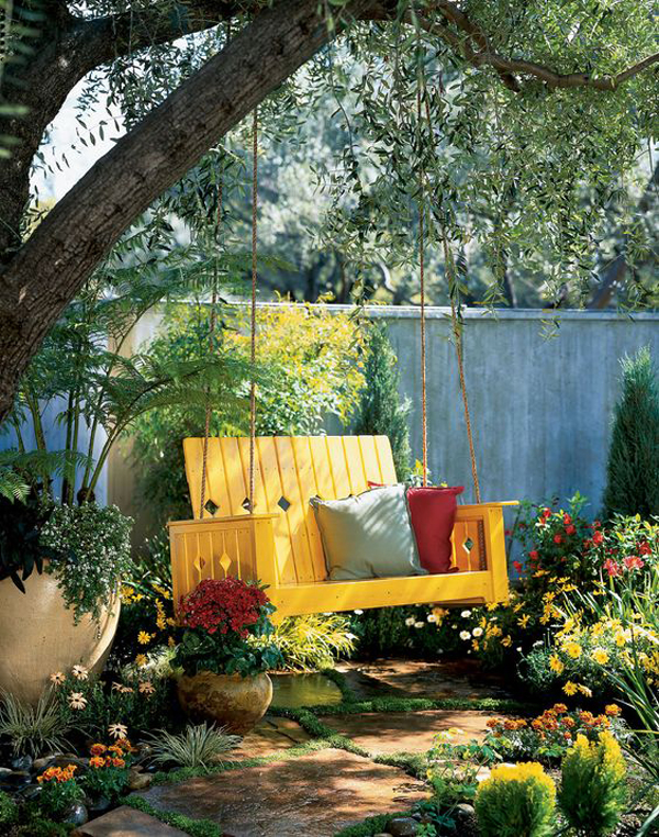 yellow-summer-backyard-swing-decor