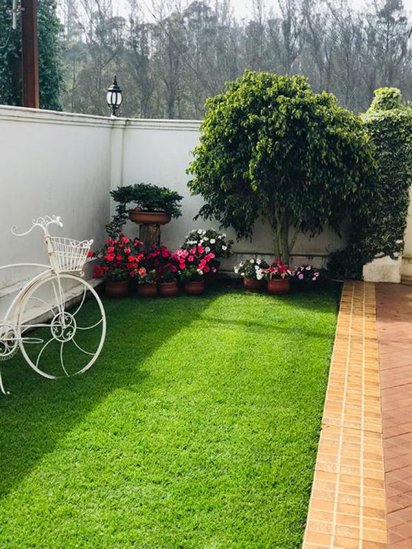 artificial-grass-outdoor-garden-ideas