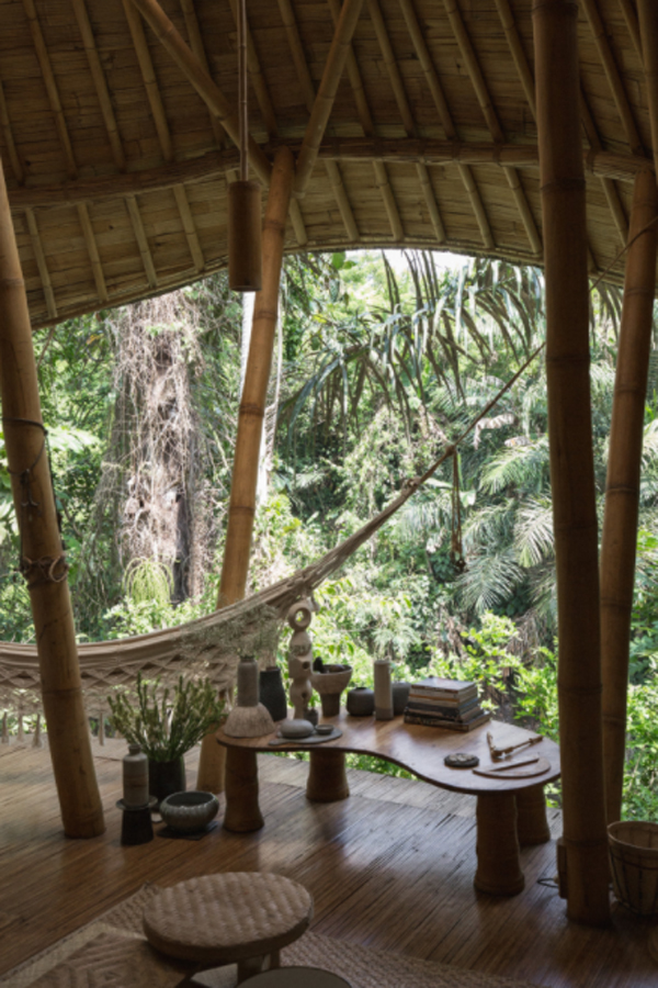 bali=bamboo-house-with-hammock