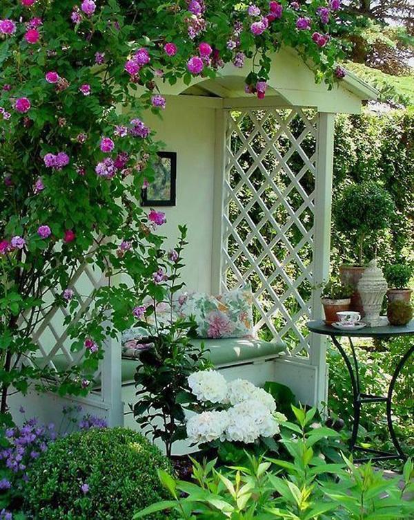 beautiful-farmhouse-garden-nook