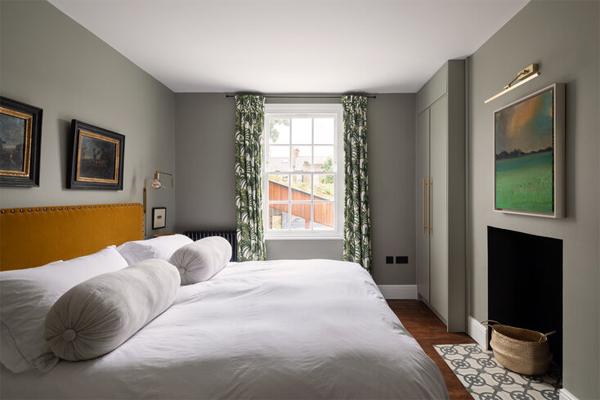 beautiful-grey-bedroom-design