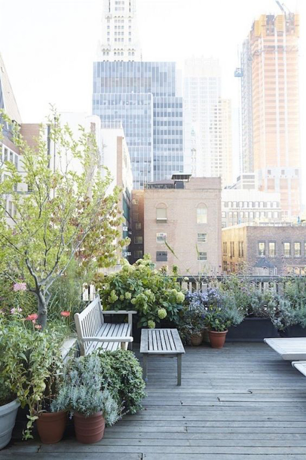 cool-rooftop-garden-design-with-benches