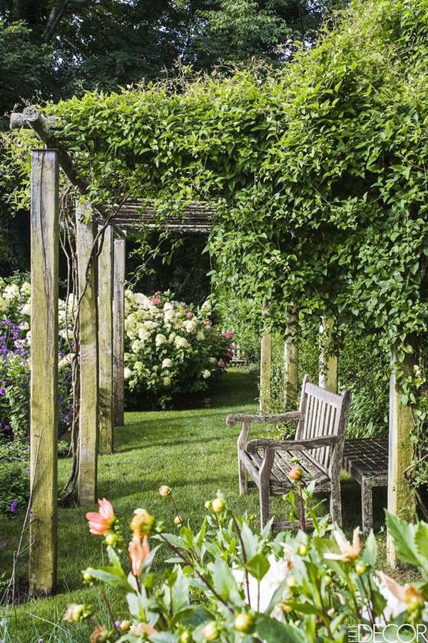 cottage-garden-design-with-plant-pergola