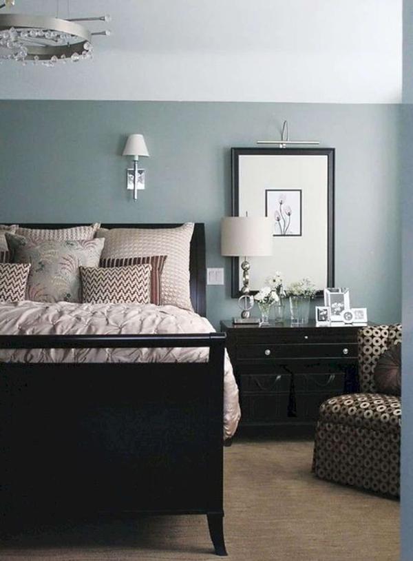 cozy-black-bedroom-furniture-design
