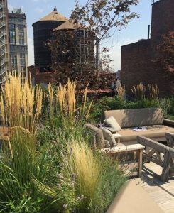 dreamy-rooftop-gardens-with-lounge-area