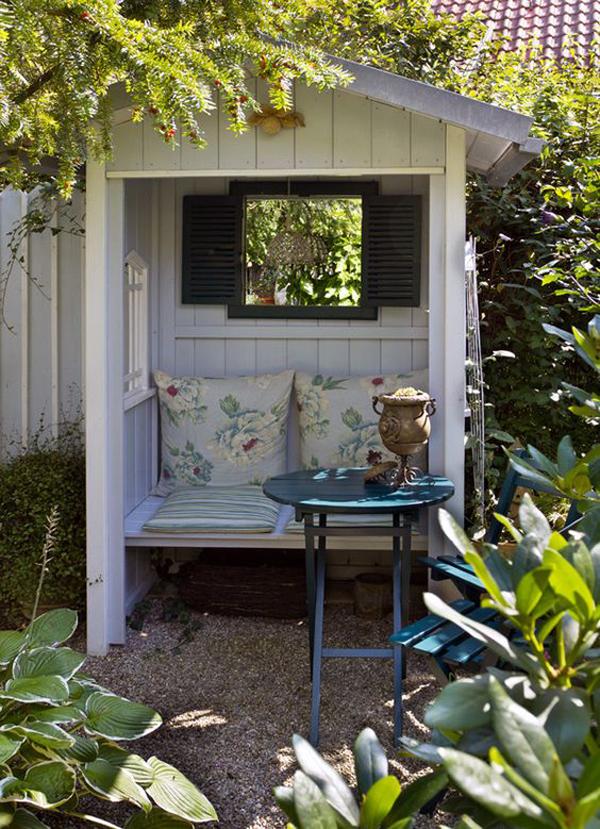 easy-diy-garden-nook-playhouses