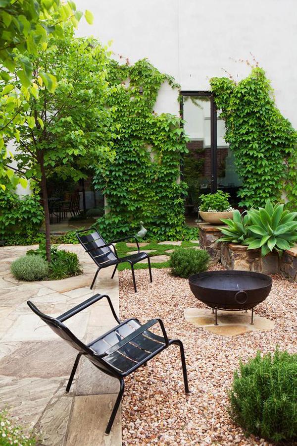 elegant-yet-eclectic-gravel-garden-with-outdoor-reatreat