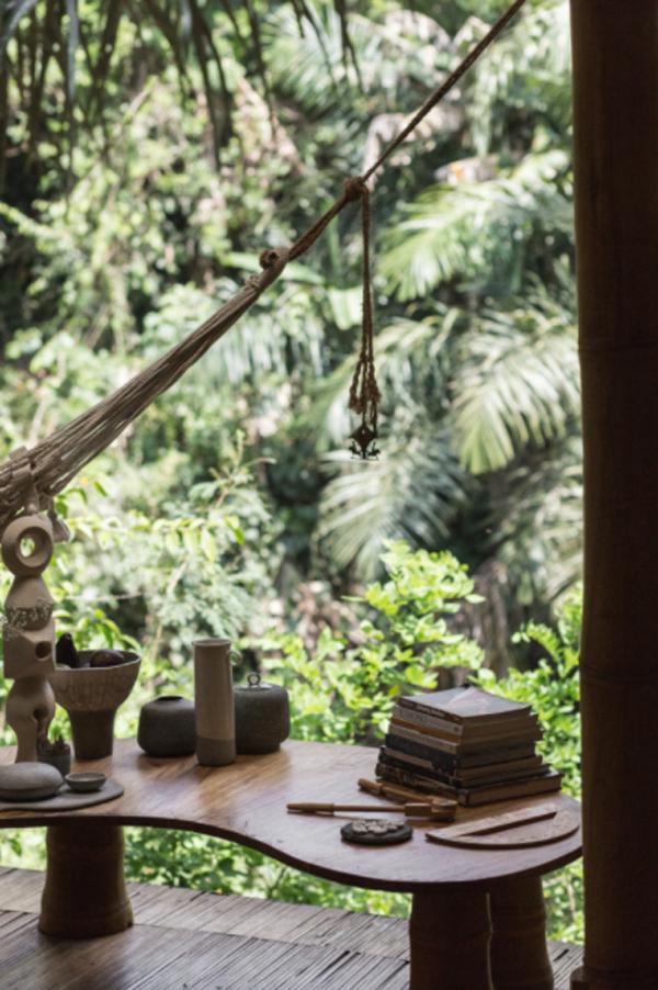 ethnic-wood-table-design