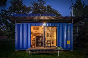 gaia-off-grid-cabin-lighting