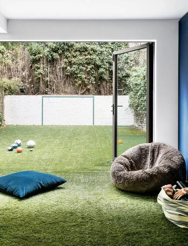 indoor-outdoor-grass-interior-for-kids-bedroom