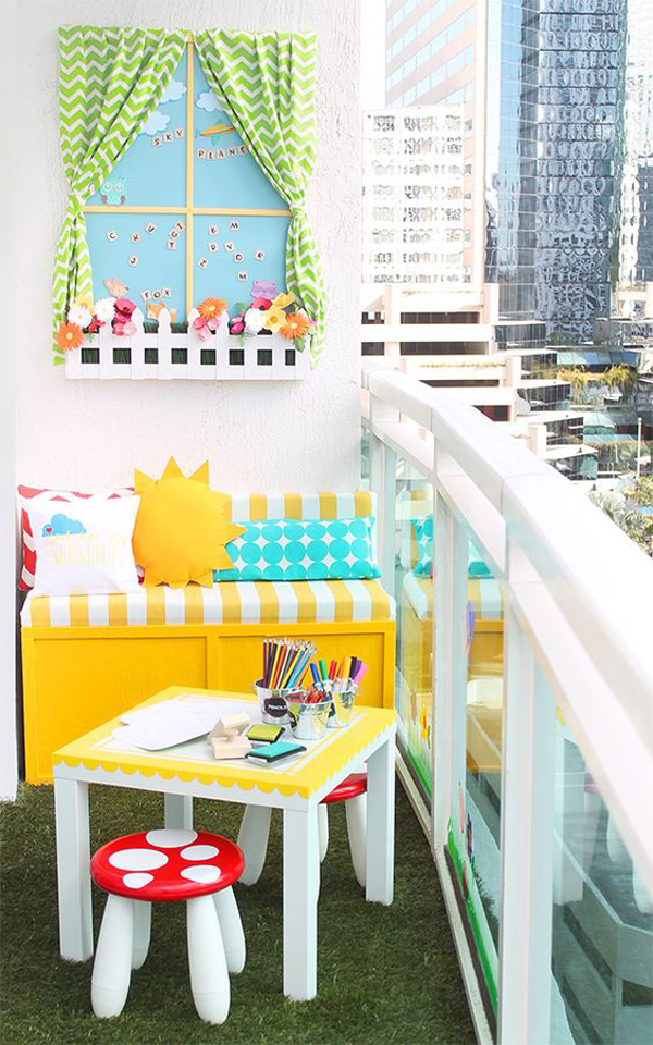 kids-playroom-in-the-balcony