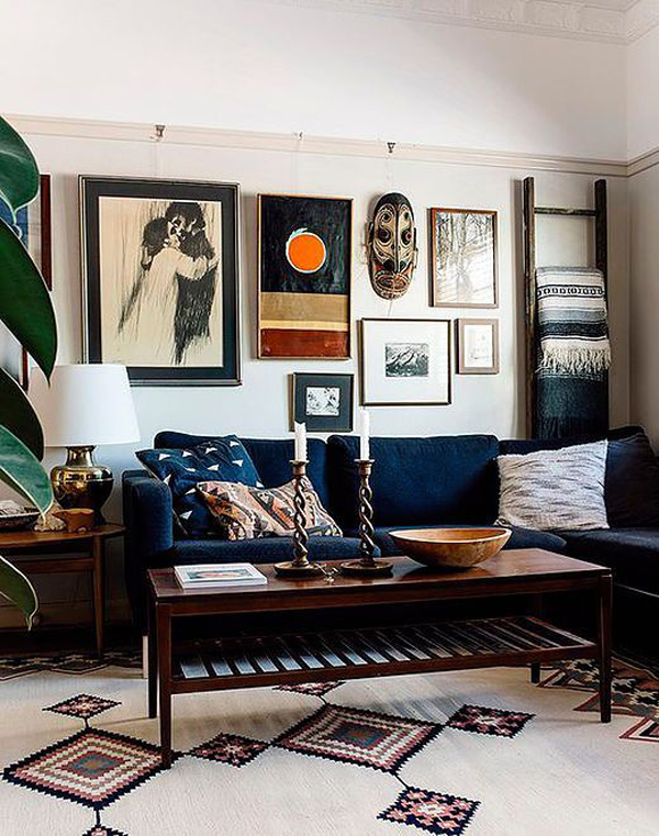 masculine-living-room-with-art-wall