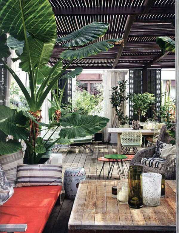 simple-tropical-outdoor-living-design