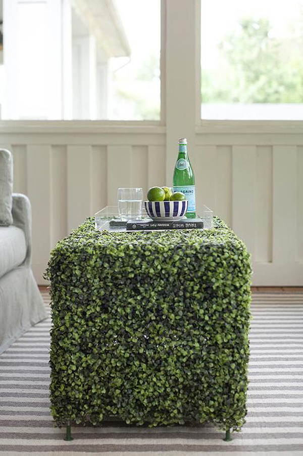 sunroom-with-faux-grass-coffee-table