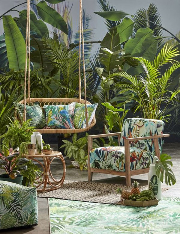 tropical-paradise-outdoor-lounge-ideas