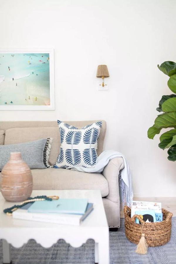 beach-house-living-room-for-summer