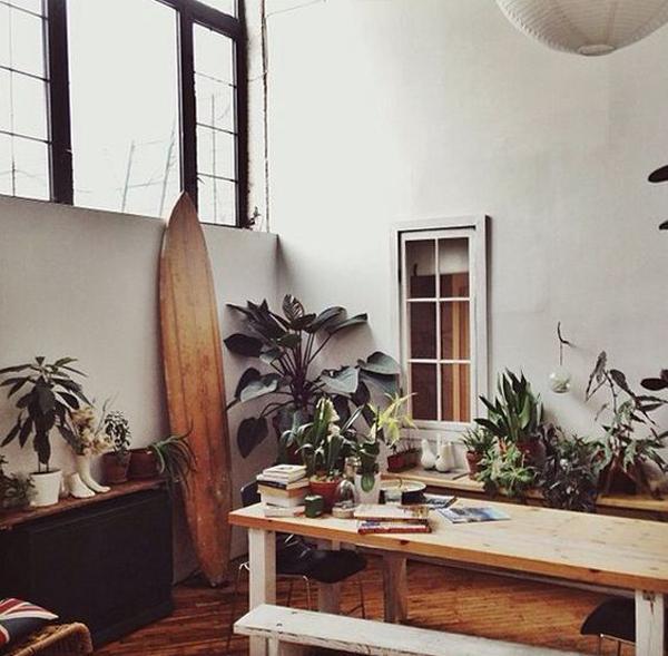 beach-surfboard-interior-decor