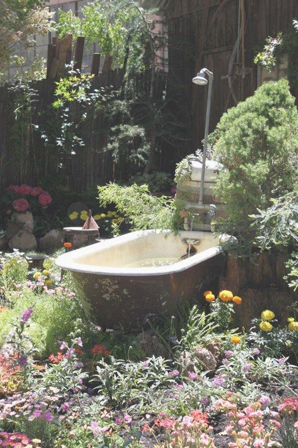beautiful-bathtub-pond-ideas