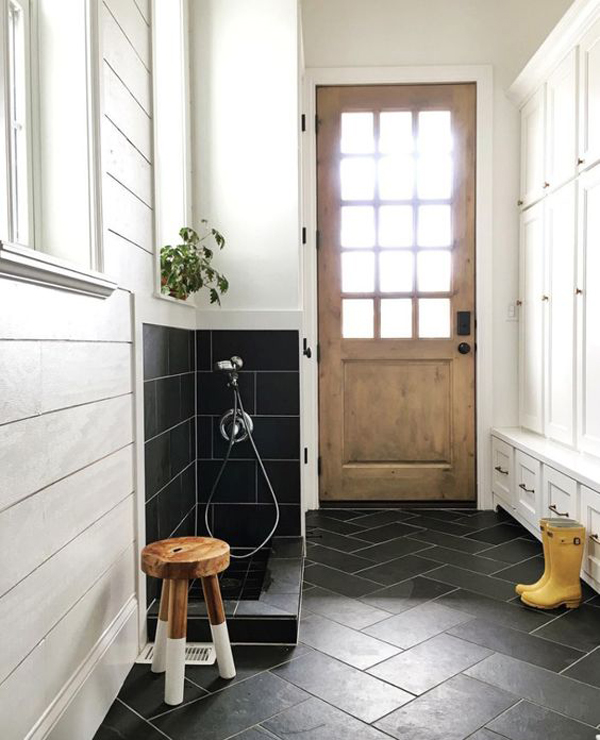 black-entryway-floor-tiles-with-dog-washing-station