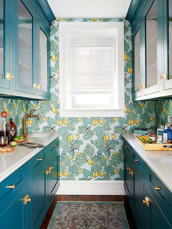 blue-kitchen-design-with-classic-wallpaper