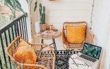 boho-balcony-ideas-with-rugs