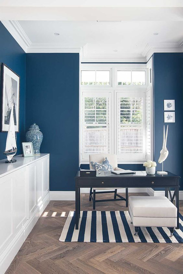 classic-blue-home-office-with-beach-theme