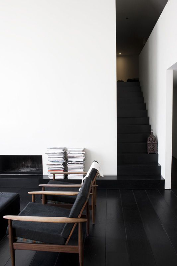 cool-black-wood-floor-and-staircase-design