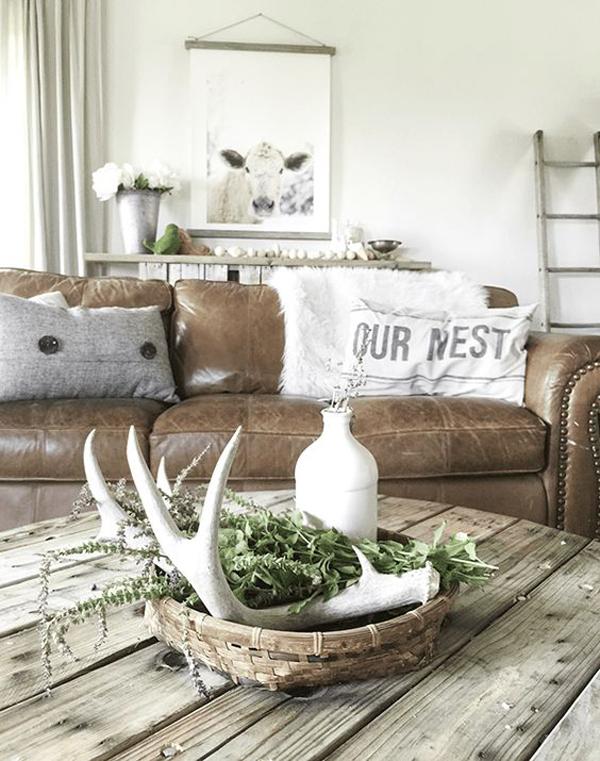 farmhouse-summer-living-room-for-men