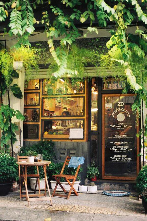 natural-inspired-shop-facade