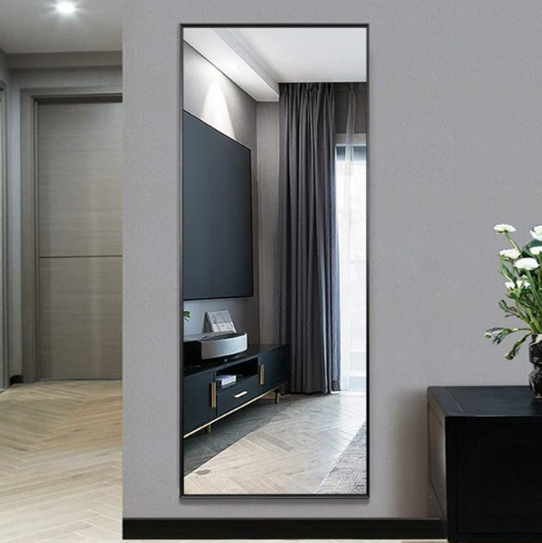 oversized-full-length-mirror-in-the-wall