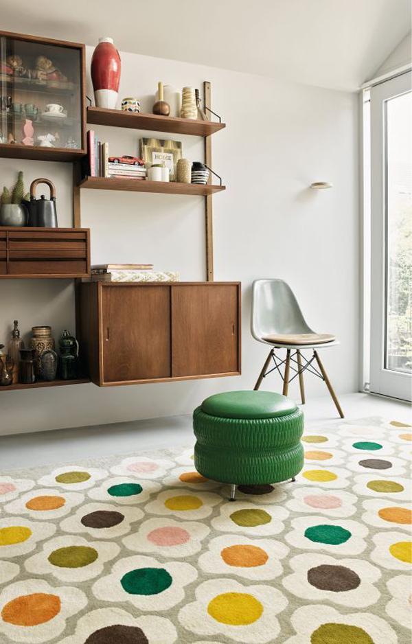 retro-flower-rug-decor
