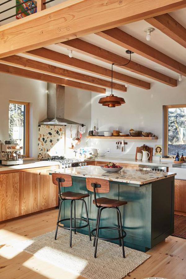 rustic-wood-kitchen-island-decoration