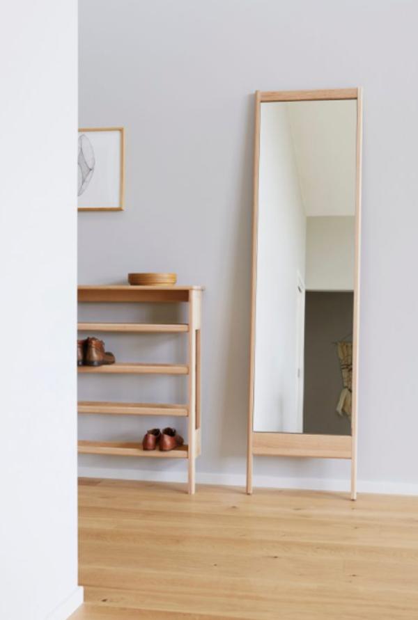 scandinavian-full-length-mirror-with-legs