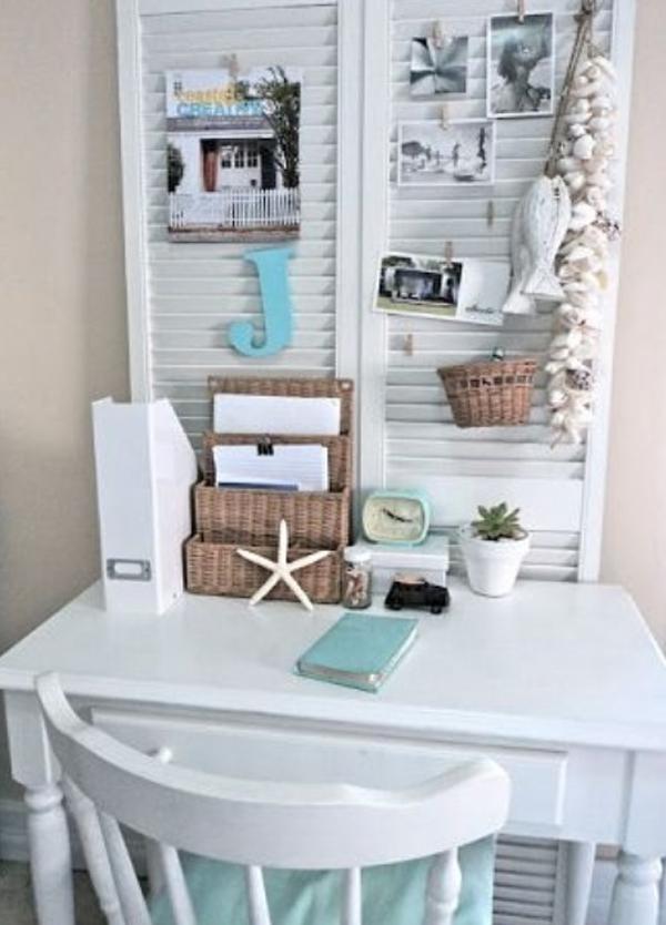 small-beach-office-desk-design