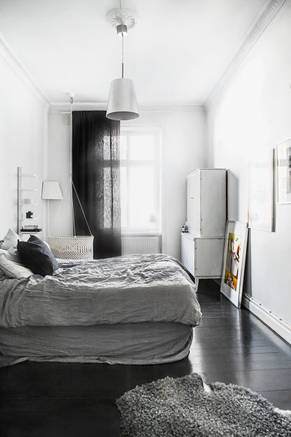 stylish-bedroom-with-black-wood-floor