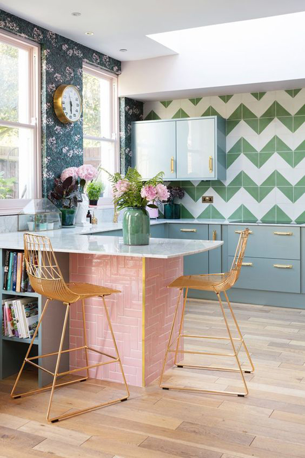 stylish-kitchen-wallpaper-with-splash-of-color