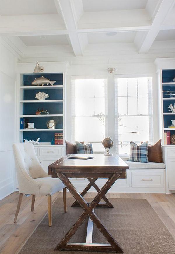 traditiona-beach-home-office-design