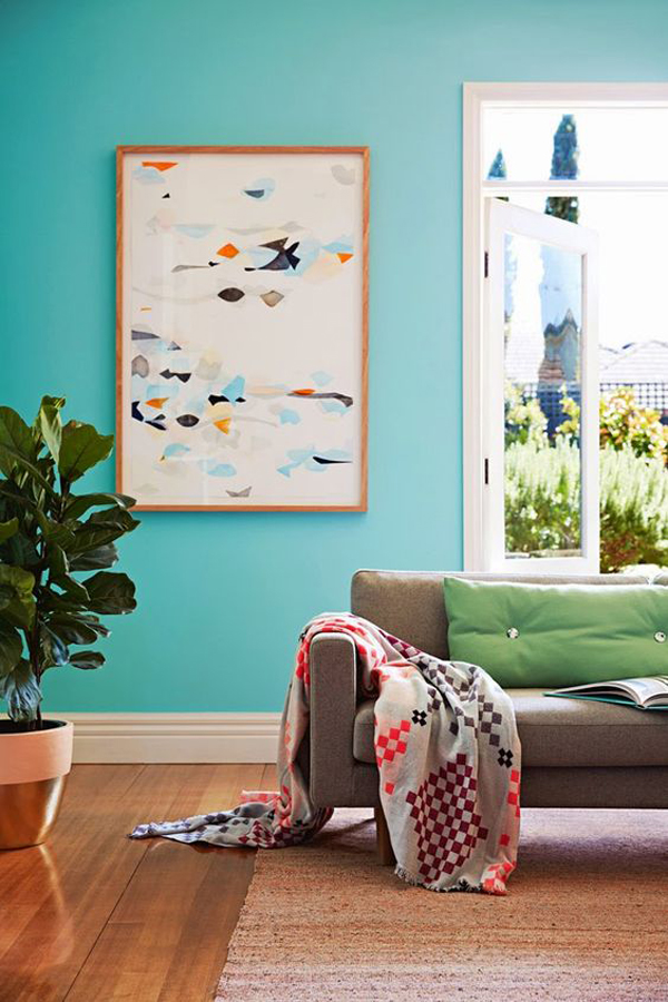 trendy-living-room-with-mint-wall