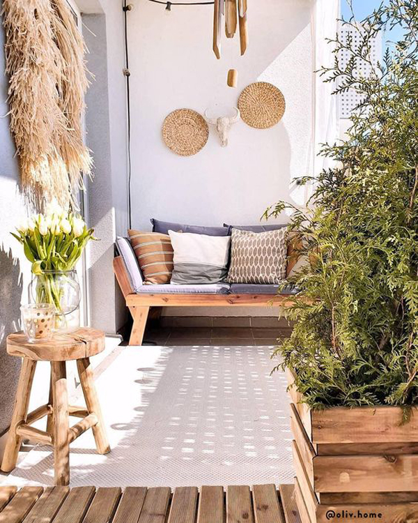 tropical-style-balcony-rugs-for-summer