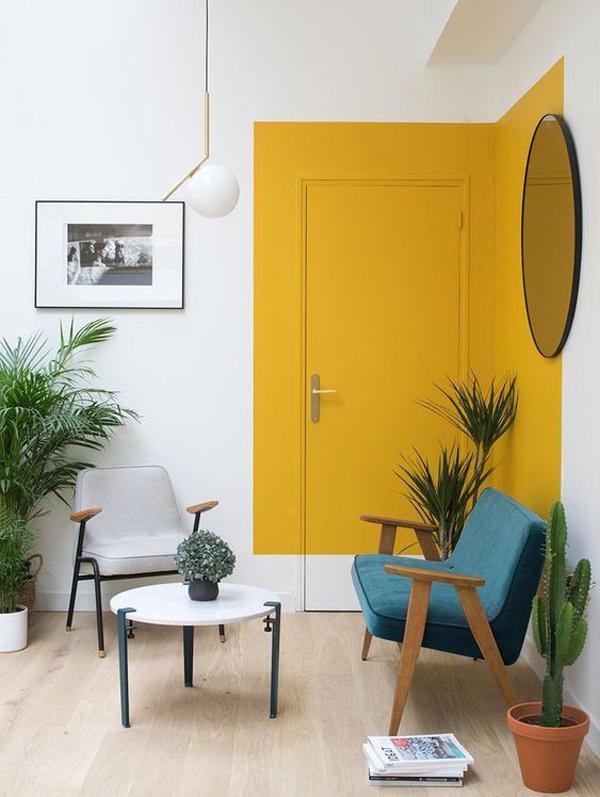 unique-yellow-door-paint-color