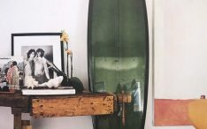 vintage-surfboard-decor-ideas-with-yellow-color