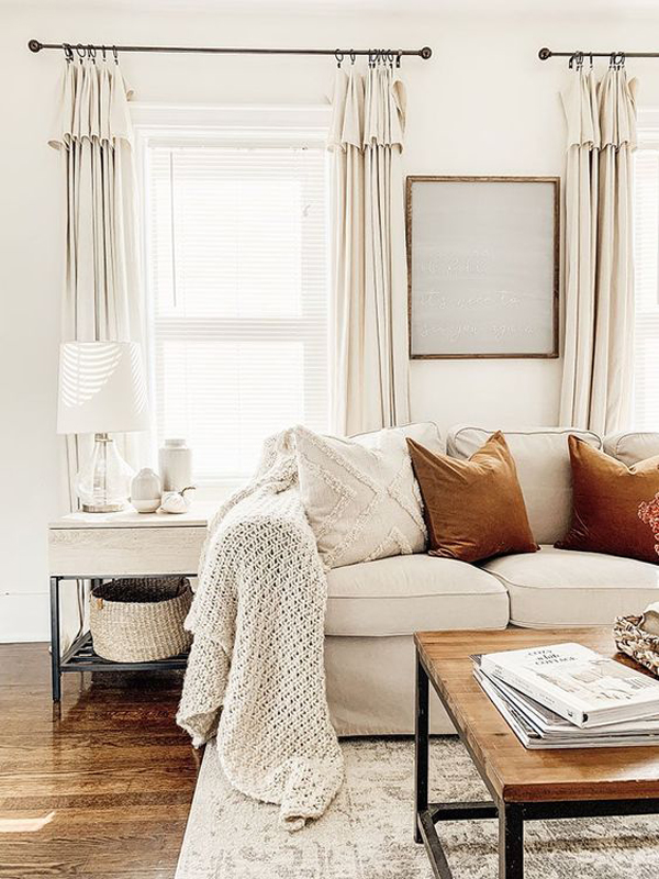 warm-and-cozy-living-room