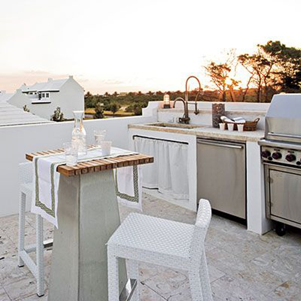 beach-themed-outdoor-rooftop-kitchens